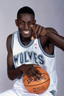 kevin_garnett_rookie_display_image
